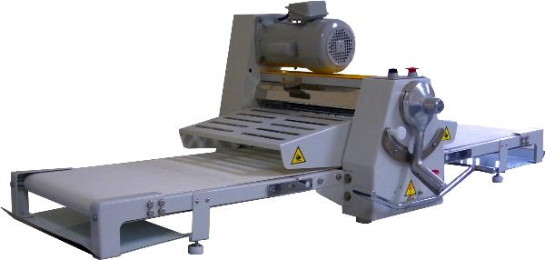 BakeMax BMCRS01 Countertop Dough Sheeter, Reversible, 17 in x 67 in Work Length