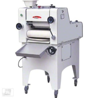 BakeMax BMMDM01 Mini Dough Moulder w/ 3000-Pieces per Hour Capacity, 13-in Belt Width