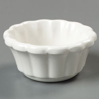Carlisle 4394342 3-oz Scalloped Ramekin - Bone