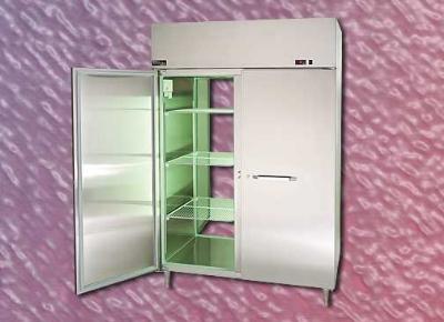 """Master-bilt MPW252SSG/0 27.5"""" Pass-Thru Heated Cabinet - (2) Glass Door, 25.6-cu ft"""
