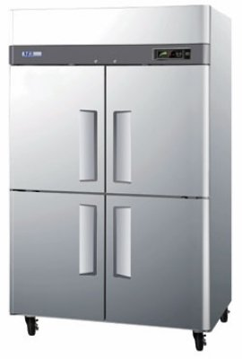 "Turbo Air M3R47-4 51.75"" Two Section Reach-In Refrigerator, (4) Solid Door, 115v"