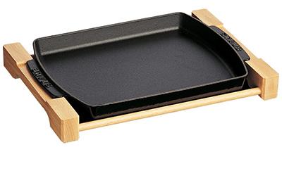 Staub 1205223 15x9-in Brasserie Plate w/ Wood Base & Matte Enamel Coated Cast Iron