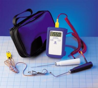 Comark KM28/P8 Type K Thermocouple Temperature Tester, PK19M/SK22M/ATT19 Probe