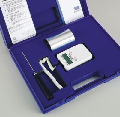 Comark KM820/VKIT Kit w/ Hard Carrying Case, KM820/VAL & KM20REF