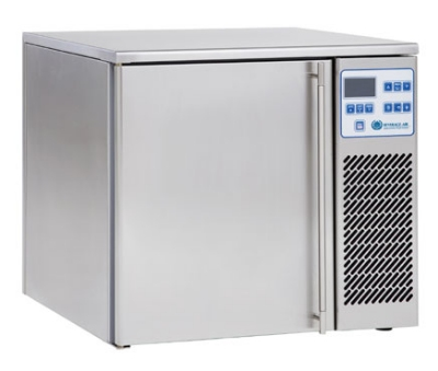 Beverage Air CF031AF 22-in Countertop Mini Blast Chiller Freezer, 3-Pans, 115 V