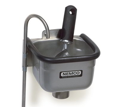Nemco 77316-7 7-in Spade Cleaning Well w/ .38-in Round Spigot &
