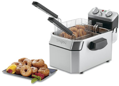 Waring WDF1000B Countertop Single Deep Fryer w/ 10-lb Capacity & 3-Baskets, Timer, 208V