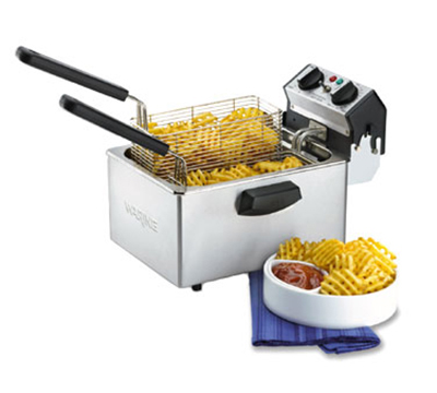 Waring WDF75B Countertop Single Deep Fryer w/ 3-lb Capacity Each & 2-Baskets, Timer, 208V
