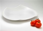 Browne Foodservice 563891 17.5-in Odal Ceramic Platter, White