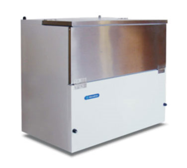 Metalfrio MC-34 8- Crate Milk Cooler - Side Lift Doors, 115v