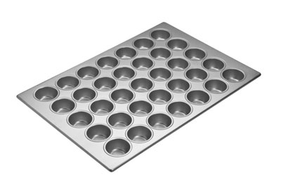 Focus 905575 Cupcake Pan 5 Rows Of 7 Holds (35) 2-3/4 in Cupcakes Restaurant Supply