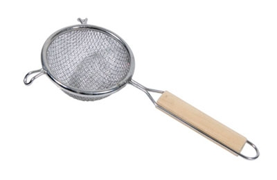 Town Food Service 42404-S 4 in Diameter Double Mesh Strainer, Wood Handl