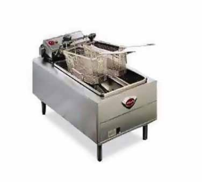 Wells F-49 208 15-lb Fryer w/ Dual Baskets & Thermostatic Control, 208/1 V