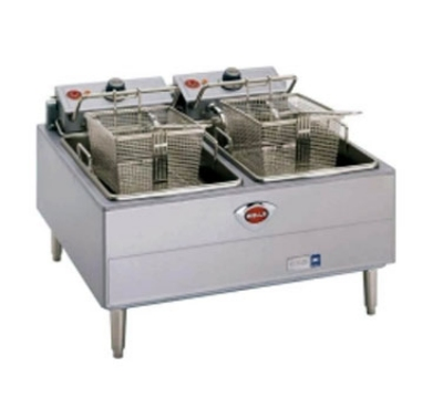 Wells F-67 208 30-lb Fryer w/ Dual Pots & Thermostatic Controls, 208/3 V