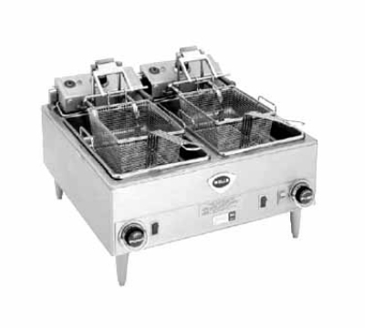 Wells F-88 240 30-lb Fryer w/ Dual Pots, Saftey Test & Basket Lift, 240/3 V