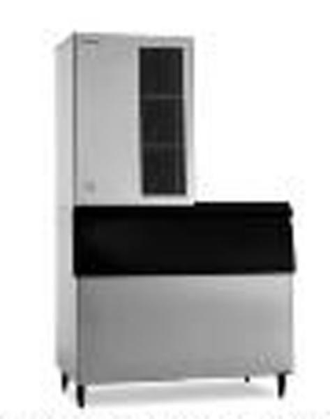 Hoshizaki KM-1340MAH B900PF High Volume Cube Ice Maker w/ 660-lb Bin - Air Cooled, 208v/1ph