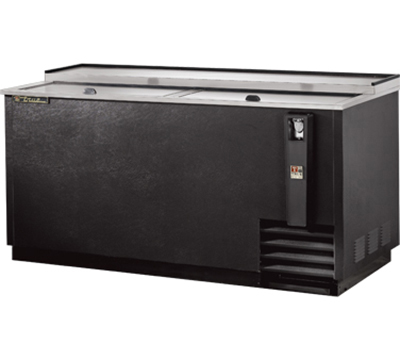 "True TD-65-24 64.63"" Forced Air 528-Capacity Bottle Cooler - Lid Locks, 115v"